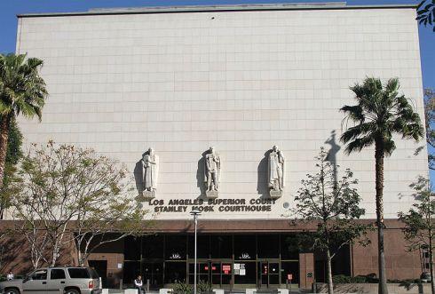 800px-LA_Superior_Court,_LA,_CA,_jjron_22.03.2012